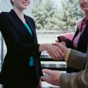 Ratgeber: Was anziehen beim Vorstellungsgespräch?